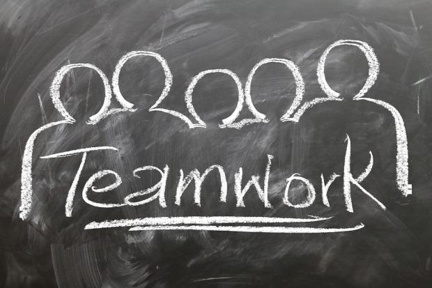 teamwork-2188038_960_720